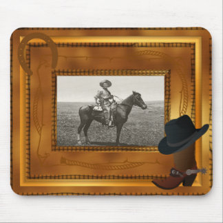 Thème occidental avec le modèle photo de botte et  tapis de souris