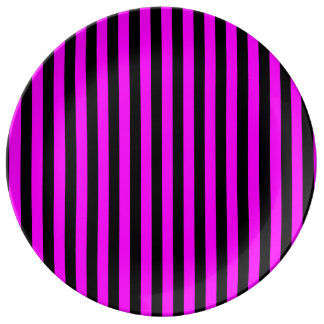 Thin Stripes - Black and Fuchsia Porcelain Plates