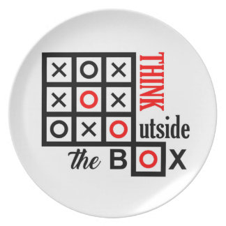 think outside the box tic tac toe extra smart clev plate