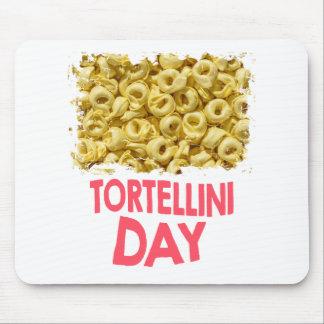Thirteenth February - Tortellini Day Mouse Pad