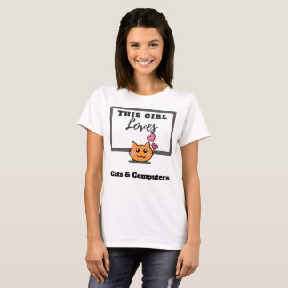 This Girl Loves Cats & Computers T-Shirt
