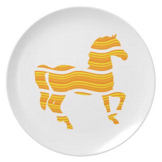 thoroughbred dinner plates