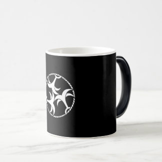 Three anchors with rope magic mug