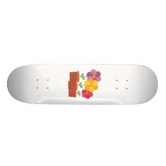 Three colorful Flowers Zo728 Skateboard