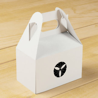 Three ginkgoes favor box