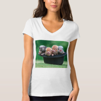 Three little pigs - three pigs - pig hat T-Shirt
