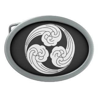 Three swirled waves oval belt buckle