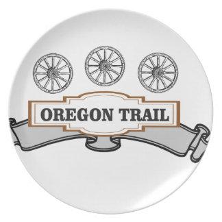three wagon wheels ot plate