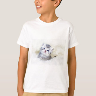 Three weeks old young cat sitting on sheep fur T-Shirt