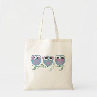 three wise owls see, hear, speak no evil