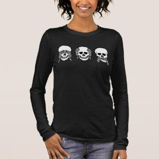 Three wise skulls, see, hear, speak no evil long sleeve T-Shirt