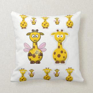 Throw Pillow Giraffe