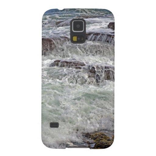 Thunder and Lace Crashing Ocean Waves Galaxy Nexus Covers