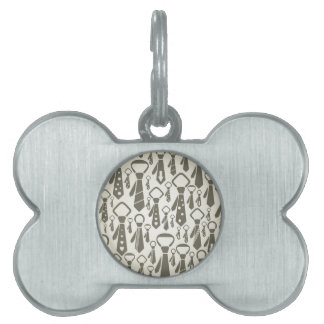 Tie a background pet tags