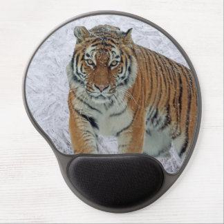Tiger in snowflakes gel mousepad