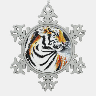 Tiger In The snow noir Snowflake Pewter Christmas Ornament