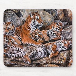 Tiger painting-tiger family-tiger cubs-tiger art mouse pad