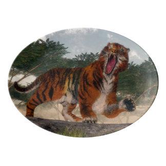 Tiger roaring - 3D render Porcelain Serving Platter