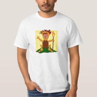 Tiki courageux se repose avec une torche t-shirt