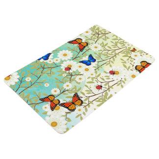 Tiny creatures floor mat