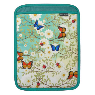 Tiny creatures iPad sleeve