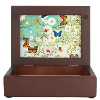 Tiny creatures memory boxes