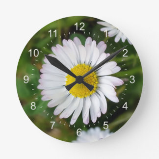 Tiny daisies round clock