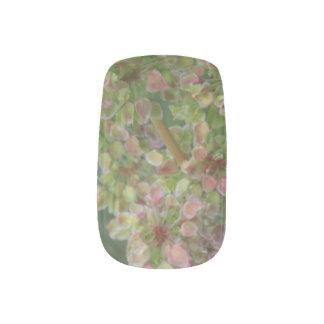 Tiny Leaves Minx Nail Art