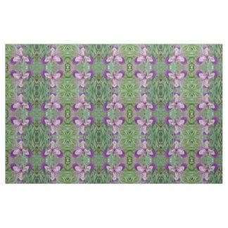 Tissu modelé floral d'iris pourpre