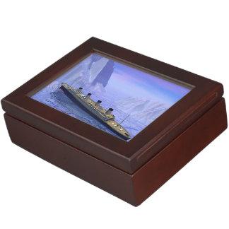 Titanic boat sinking - 3D render Keepsake Box