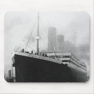 Titanic in dock in Southampton Mouse Pad
