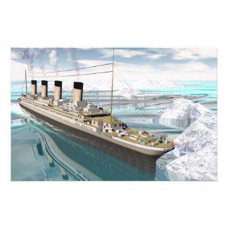 Titanic ship - 3D render Stationery