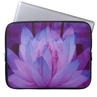 To Follow your Dreams... Laptop Sleeve
