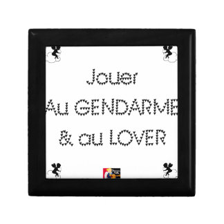 To play the GENDARME and COILING - Word games Gift Box