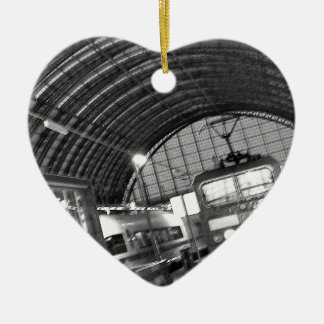 """""""Today of the world art Akagi military officer Ceramic Heart Ornament"""
