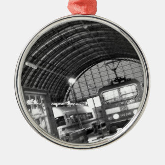 """""""Today of the world art Akagi military officer Silver-Colored Round Ornament"""