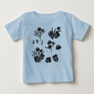 Toddler tshirt with folk flowers