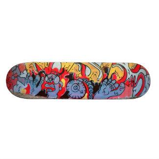 Toes at rest - custom skateboard