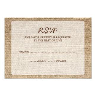 Toile de jute rustique épousant la carte de répons invitations personnalisées
