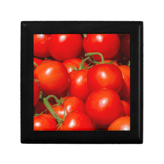 tomatoes at the market gift box
