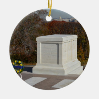 Tomb of the Unknown Soldier, Arlington Yellow Wrea Ceramic Ornament