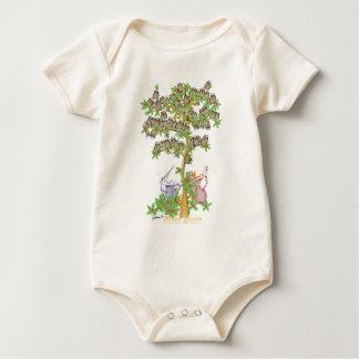 tony fernandes's dinner guests baby bodysuit