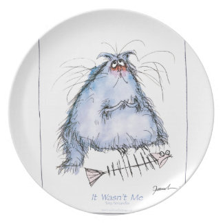 tony fernandes's 'it wasn't me' cat cartoon plate