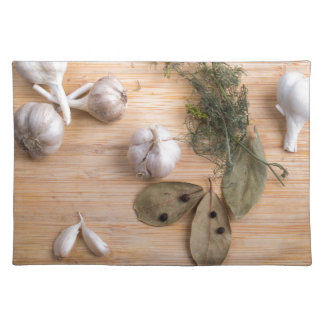 Top view of the garlic and dried spices placemat