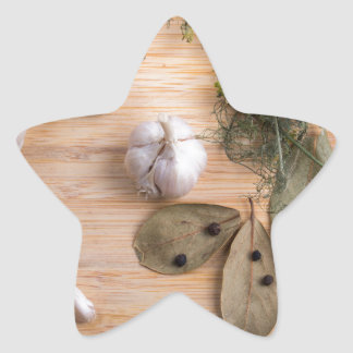 Top view of the garlic and dried spices star sticker
