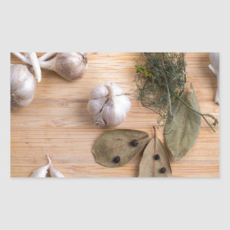 Top view of the garlic and dried spices sticker
