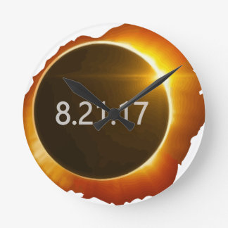 Total-Solar-Eclipse3 Round Clock