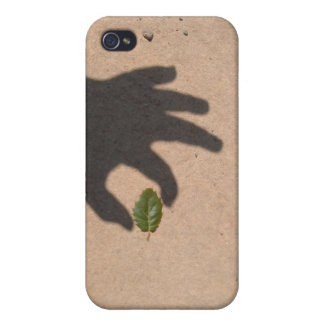 Touching leaf iPhone 4/4S covers