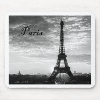Tour Eiffel Paris - Sunset in Black & White (St.K) Mouse Pad
