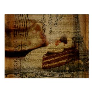 Tour Eiffel romantique de Paris d'amant de gâteau Carte Postale